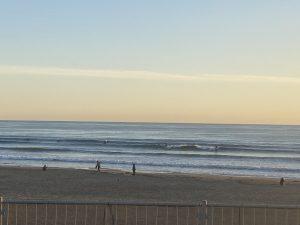 夕方の由比ガ浜ビーチ